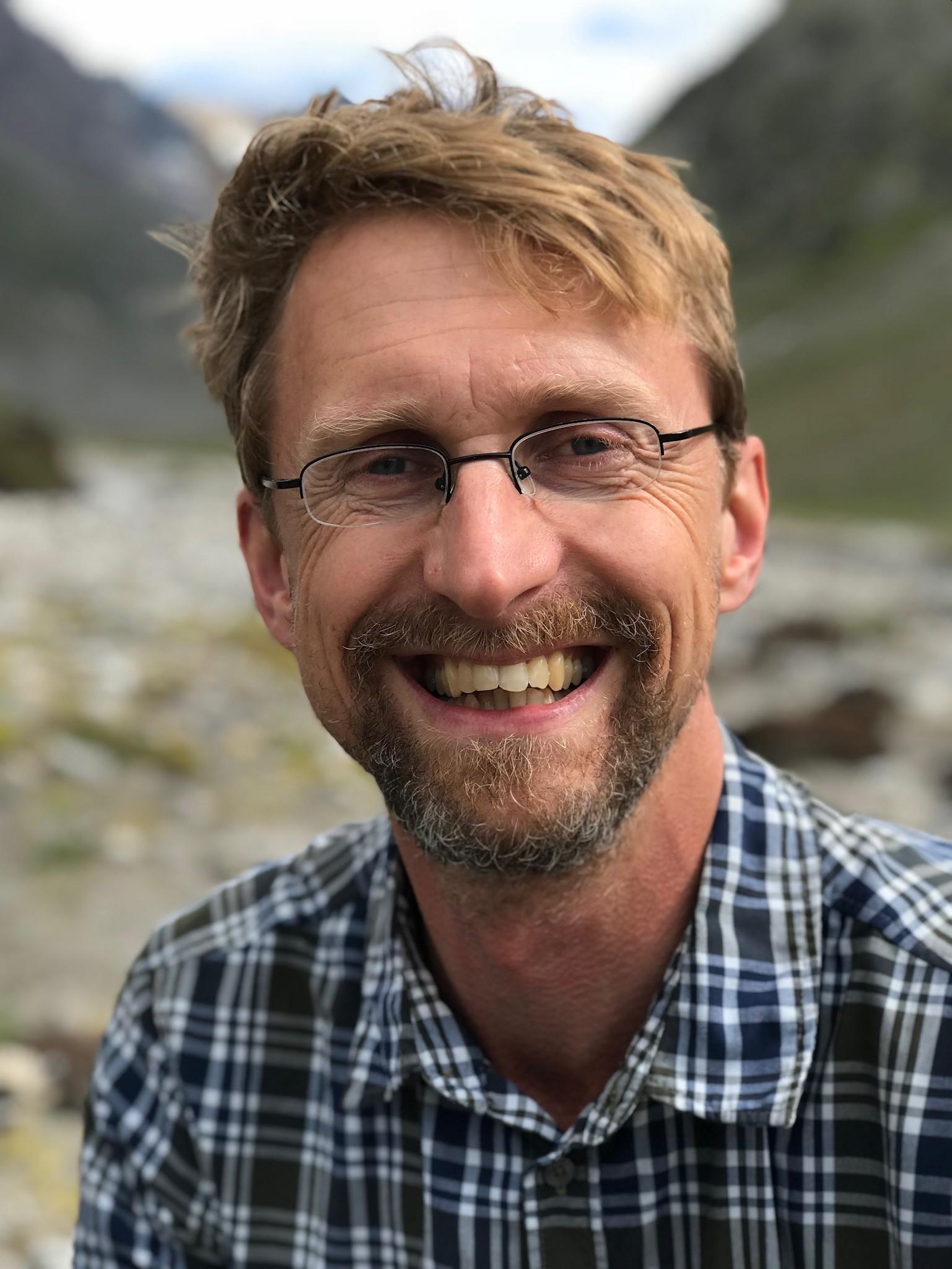 Prof. Dr. Kamil Ustaszewski